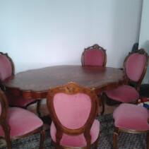 Vendo conjunto formado por mesa y 6 sillas de Roble Macizo