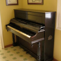 Vendo Piano antiguo Samaniego